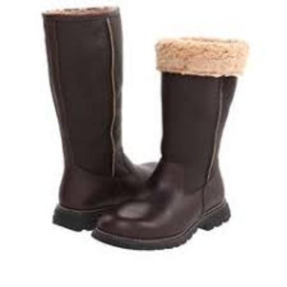 2388fc4e259 UGG Australia Brooks Brown Shearling Boots